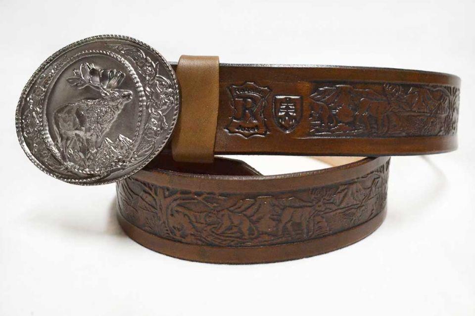 bb90995e5 Kožený opasok ručne zdobený s ozdobnou prackou vzor poľovnícky 440 stars